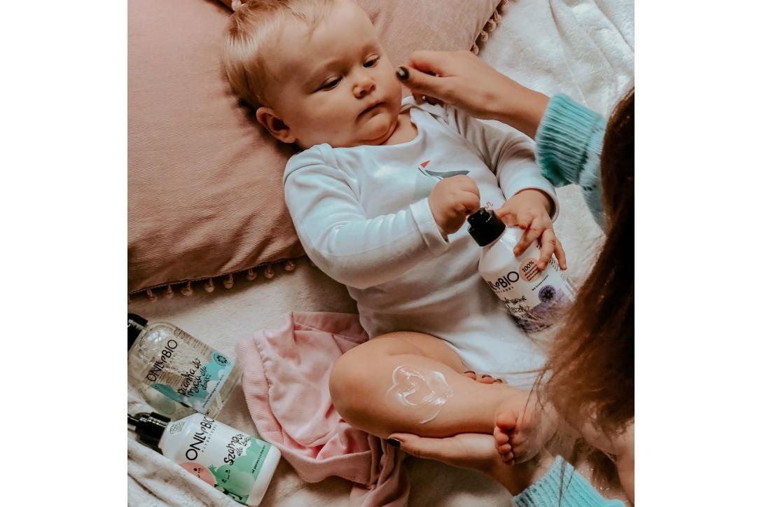 Diferența dintre produsele cosmetice naturale Only Bio pentru nou născuți și cele pentru copii
